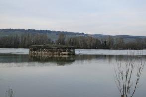 Die letzten Pfeiler im Rhein