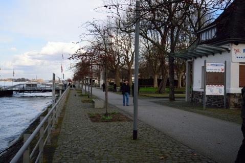 Rheinüromenade / Kulturufer, Blick nach Süden