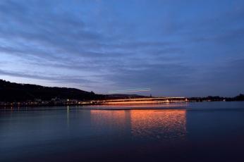 Die Rheinfähre in Langzeibelichtung